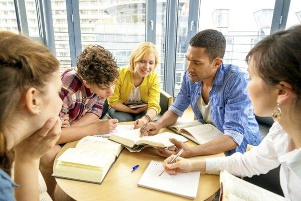 Thông tin chính sách Điều kiện du học Canada vừa học vừa làm mới nhất
