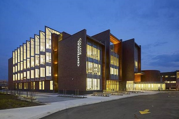 Thông tin cao đẳng Centennial College Canada