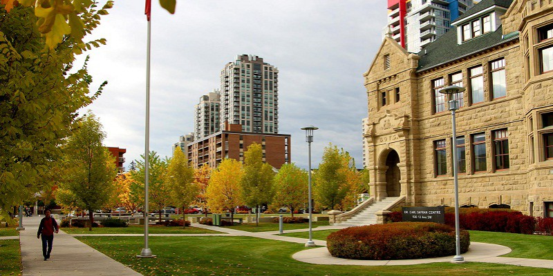 Hệ thống trung học Calgary Board of Education, Alberta