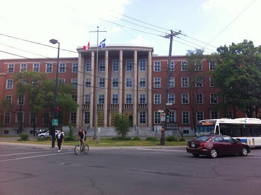 Tư vấn du học Canada Hội đồng trường trung học công lập English Montreal School Board (EMSB)