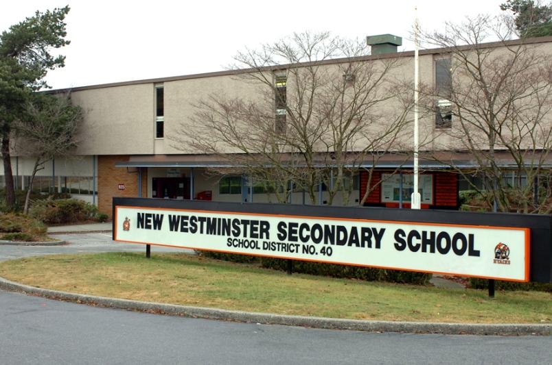 Tư vấn du học Canada Hội đồng trường trung học công lập New Westminster School