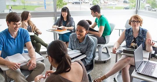 Thông tin Cao đẳng Seneca College: Ngành học, học phí & đánh giá