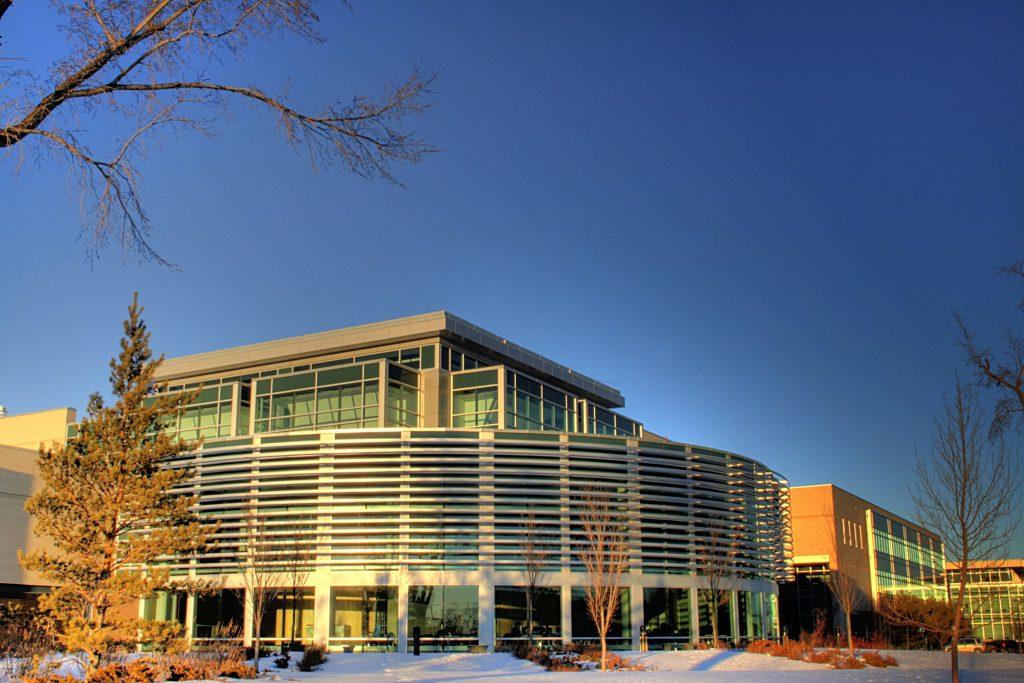 Tư vấn du học Canada Thông tin Cao đẳng Northern Alberta Institute of Technology (NAIT): Ngành học, học phí & đánh giá