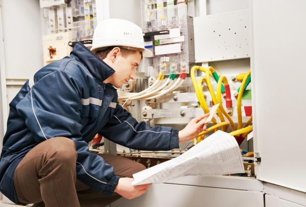 Tìm hiểu ngành Electrical Engineering là gì?
