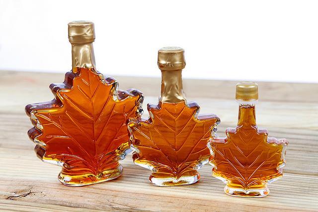Siro cây lá phong là đặc sản mang đậm chất Canada.